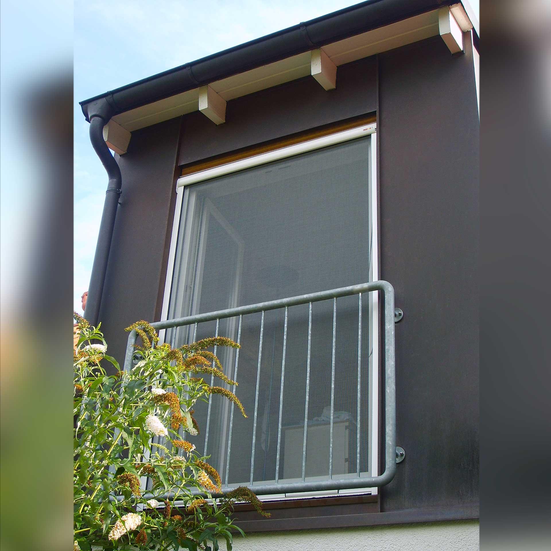 Insektenschutzrollo, auch für sehr breite bodentiefe Fenster geeignet | Multiline