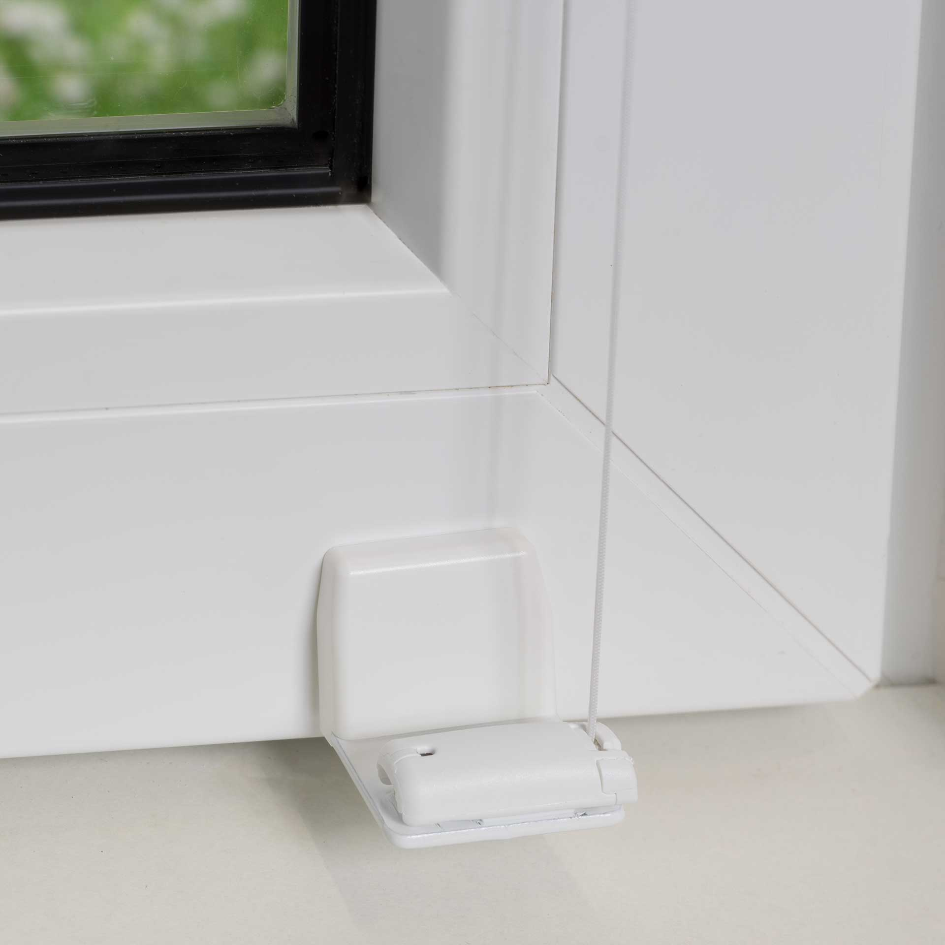 Sonnenschutz-Plissee VS1/VS2 für Fenster   mit Bediengriff