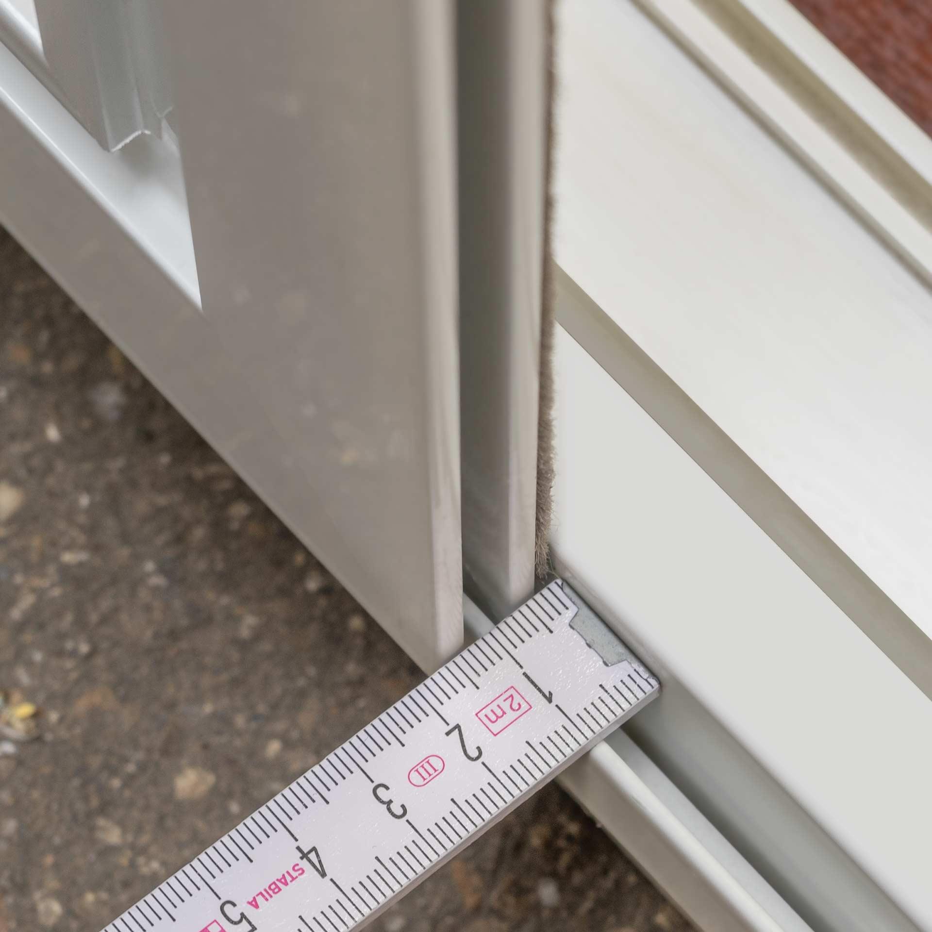 Fliegengitter-Schiebetür auf Maß bis 2400 mm | fix & fertig für Ihre Tür | Florida